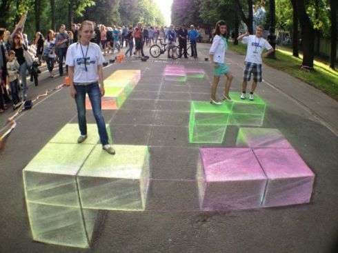 3d-chalk-art-debuts-at-colors-of-st-petersburg-tracy-lee-stum-1348609193_b